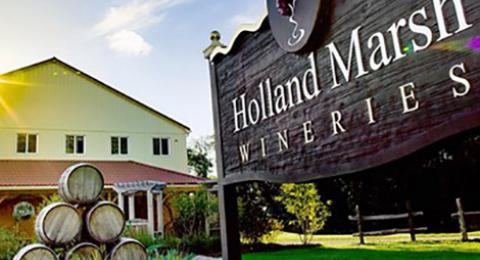 Holland Marsh Wineries Sign